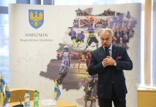 Marszałek wspiera sportowców