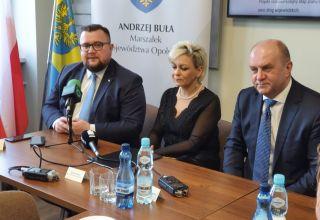 Janów w gminie Olszanka z nową drogą